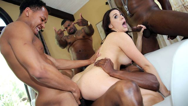 blacksonblondes-chanel_preston_3 image