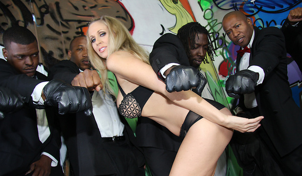 interracialblowbang-julia_ann image